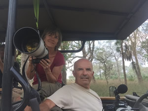 Joyce Poole and Petter Granli in Gorongosa National Park, Mozambique. (©ElephantVoices)